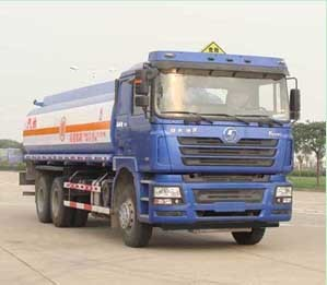 18 m3 Second hand oil tanker truck