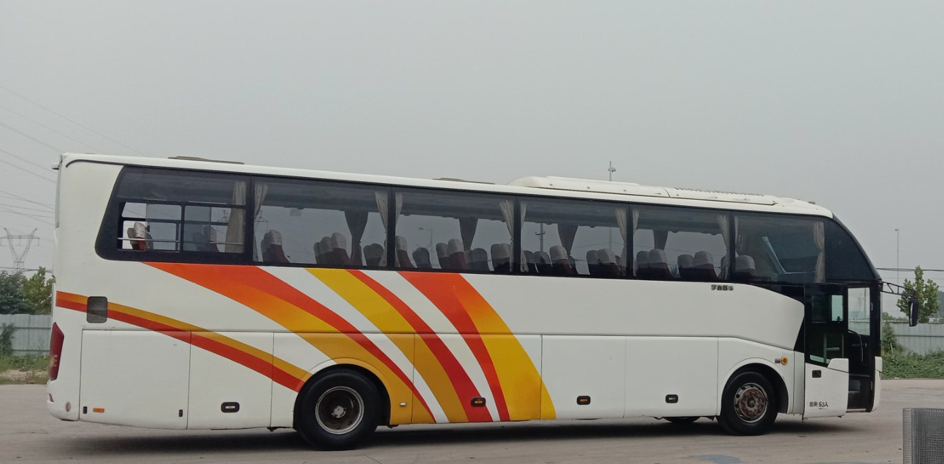 2012 year 53 seats luxury second hand yutong bus with high equip 12m length